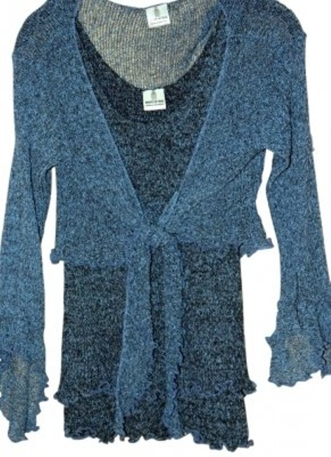 Preload https://img-static.tradesy.com/item/12317/blue-chic-tie-and-tank-blouse-size-4-s-0-0-650-650.jpg