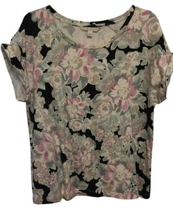LC Lauren Conrad Floral Comfortable T-shirt Top Black and Pink