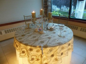 Sequin Hearts Champagne Lace Gold Overlays Tablecloth