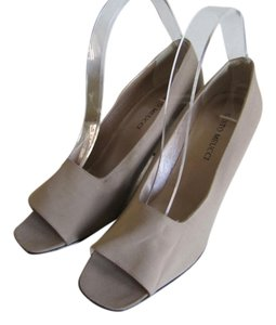 Sesto Meucci Leather Lined Leather Soles Open Toes Made In Italy BEIGE Pumps