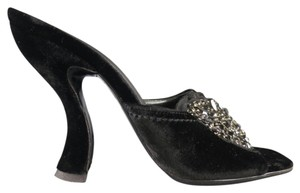 Prada Curved Heel Rare Floral Black Pumps