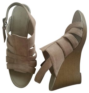 Nine West Suede Wedge Sandal Camel Wedges