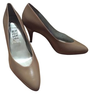 Nine West Heels Tan Pumps