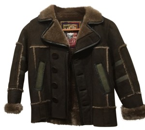 Boys shearling size 8 Top Brown