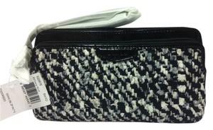 Coach F52287 52287 Wristlet in IVORY MULTI