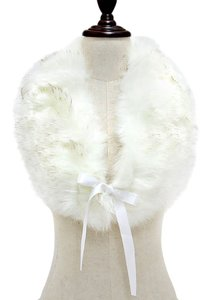 White Fur Wrap Collar Stole Scarf Neckwarmer