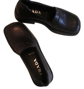 Prada Nwot Italian Leather Loafers Brown Flats