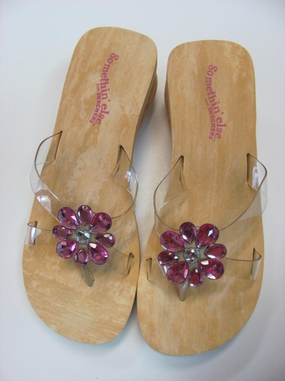 Skechers New Size 7.00 M Usa Excellent Condtion Neutral, Pink Sandals Image 1