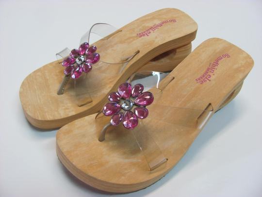 Skechers New Size 7.00 M Usa Excellent Condtion Neutral, Pink Sandals Image 2