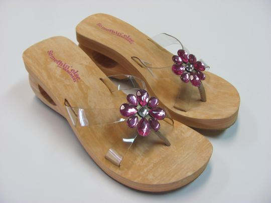 Skechers New Size 7.00 M Usa Excellent Condtion Neutral, Pink Sandals Image 3