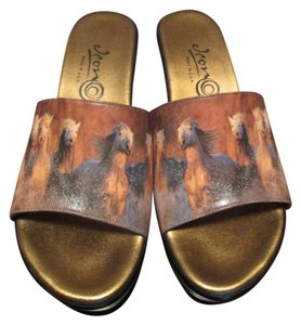 Authentic Icon BROWN Wedges