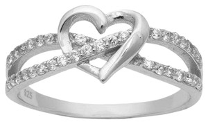 9.2.5 Rare infinity white sapphire love heart ring. Size 7