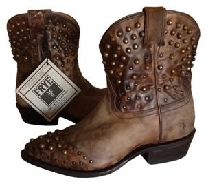 Frye Billy Studded Short Leather Brown Tan Boots