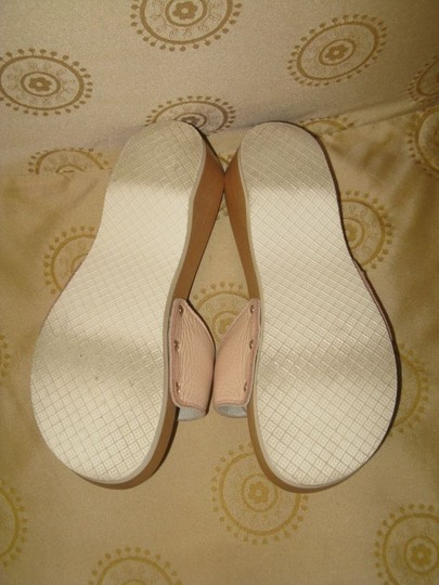 Burberry pale pink Sandals