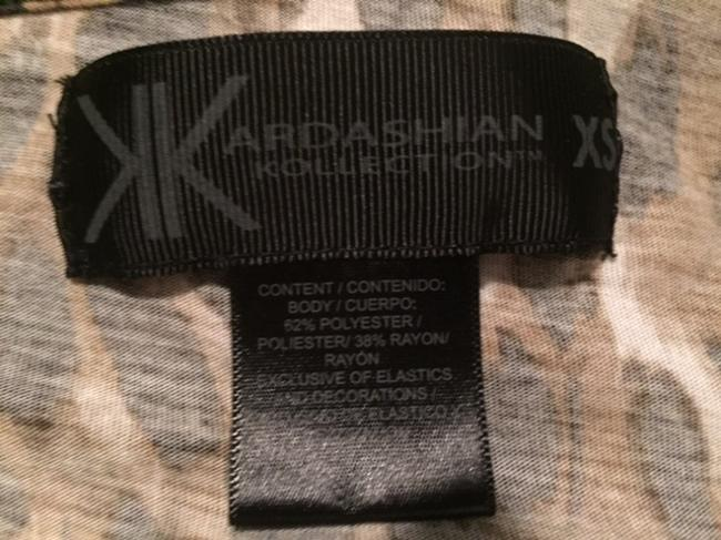 Kardashian Kollection Woman's Roll-up Cap Sleeves Top Leopard Print Image 3
