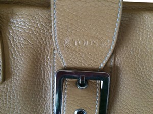 TOD Handbag Shoulder Bag