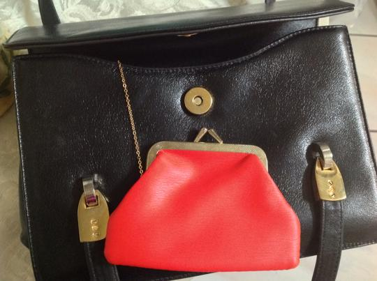 Koret Vintage Leather Red Leather Interior Attached Coin Purse Satchel in Black