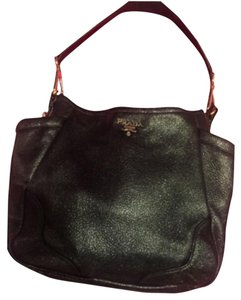 0c7af197f5 Prada Hobo Bags - Up to 70% off at Tradesy