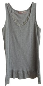 Cato Top grey with lace on the top and bottom