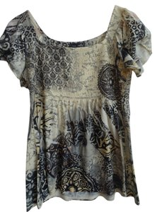 Jane Ashley T Shirt Pale yellow with black/grey designs with gold sequins