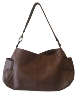 Hobo International Hobo Bags - Up to 90% off at Tradesy