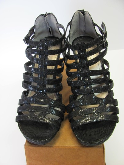 Kenneth Cole Size 9.00 M (Usa) Reptile Design Very Good Condition Black Sandals Image 2