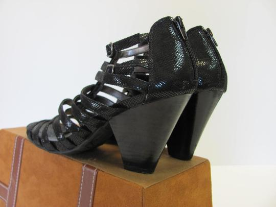 Kenneth Cole Size 9.00 M (Usa) Reptile Design Very Good Condition Black Sandals Image 4