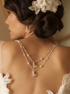 Mariell 4081n-w-cr-s Draped Figaro Chain Teardrop Bridal Or Prom Back Necklace
