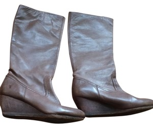 Frye Brownish taupe Boots
