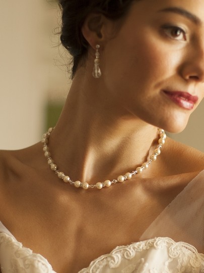 Mariell 4079n-i-cr-s Alluring Wedding Back Necklace With Pearls & Crystals