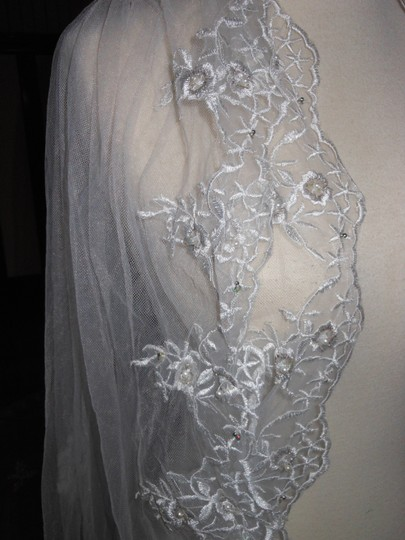 Off White Long Cathedral Bridal Veil Image 1