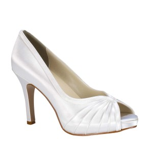 Touch Ups Dyeable - White Size US 8.5 Regular (M, B)