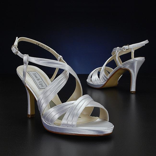 Item - Dyeable - White Simone Size US 7.5 Regular (M, B)