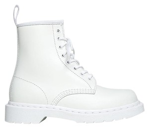 Dr. Martens 150722 All That Ankle-high White Boots