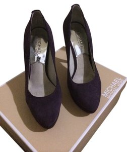Michael Kors Purple Pumps