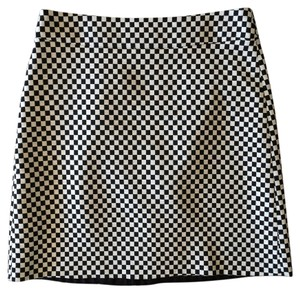 Zara Checkered Mini Pencil Mini Skirt Black and White