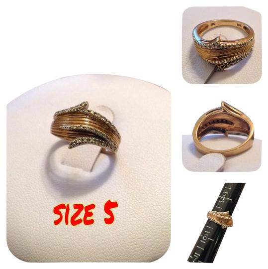 none 10k Yellow Gold Ring With Diamond