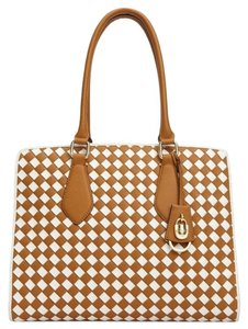Calvin Klein Tote in Toffee/White