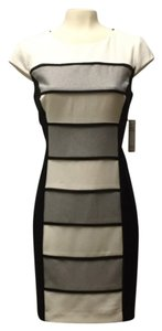 Sandra Darren White Color Block Sheath Petite Dress
