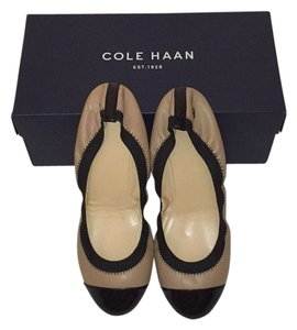 Cole Haan With Cap Nude Flats