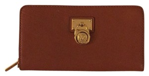 Michael Kors Michael Kors Hamilton Large Zip Around Tan Leather Wallet 32F1GHMZ3L-230