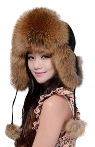 Real for raccon fur hat Paris Real fox raccon fur hat