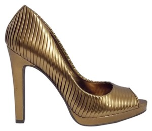 Jessica Simpson Pleats Debista Man Made Vega Friendly Size 7.5 Peep Toe Heels Stilettos Bronze Pumps