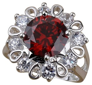 Other New 925 Silver Plated Cubic Zirconia Ring Size 8 Red J2092