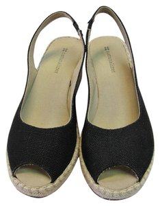 Naturalizer Size 7.00 M (Usa) Very Good Condition Black, Neutral Wedges