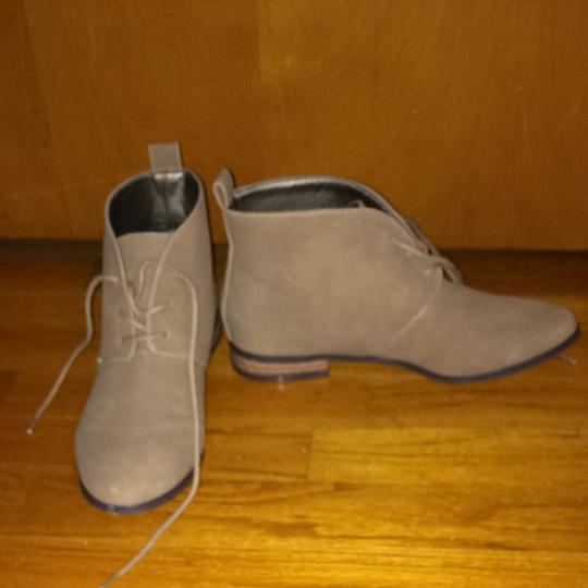 Michael Antonio Only Wore Once Tan/Light Brown Boots