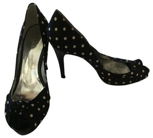 Guess Structured Exclusive Heels Stiletto Peep Toe Black/White Polka Dot Pumps