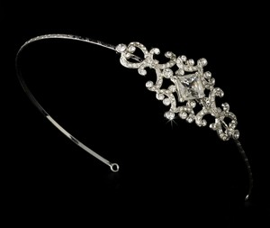 Elegance By Carbonneau Silver Vintage Couture Rhinestone Bridal Side Accented Headband - Hp 8335