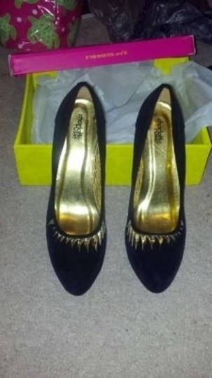 Charlotte Russe Black Pumps