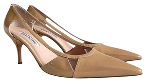 Manolo Blahnik Sandal Pointed Toe Cut-out Neutral Nude Pumps